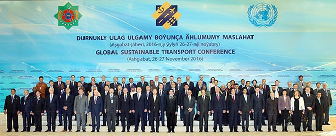 Politicians, diplomats, businessmen and financiers discuss aspects of the concept of sustainable transport in Ashgabat